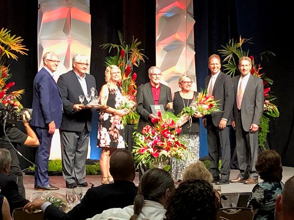 CFS Feed Division receives  Purina Chow honor Council Presidency Award