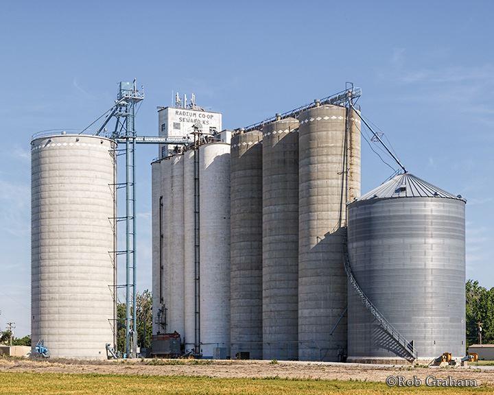 Great Bend Coop Grain Agronomy Seed Energy Great Bend Co Op Great bend coop darbojas degvielas uzpildes stacijas, iepirkšanās, kioskiem aktivitātēs. great bend coop grain agronomy
